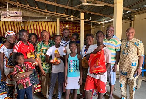 NOEL: La grâce aussi est pour les enfants de Lomé